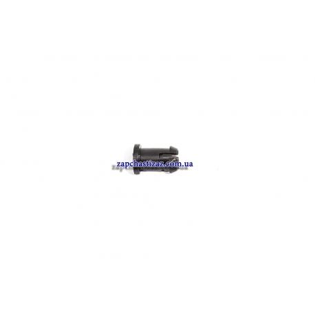 Защёлка лючка бензобака Ланос GM 96232620