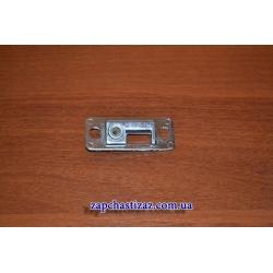 Планка нижняя замка двери багажника не заводская с металлической втулкой и покрытием Таврия ЗАЗ 1102