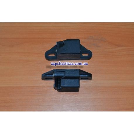 Защёлка концевика мягкой полки багажника левая Таврия 11021-5607081 Фото 1 11021-5607081