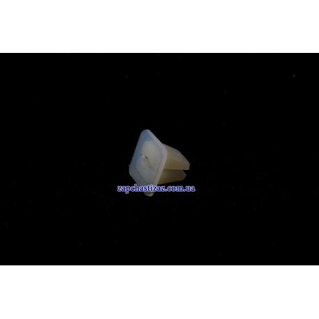 Пистон (клипса) крепления брызговика Ланос Сенс GM (1 шт.) 94515246