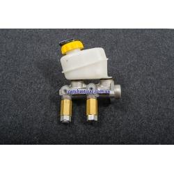 Цилиндр главный тормозной без усилителя и АБС, с бачком (ф 20) GM