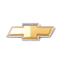 Эмблема Chevrolet (крест) крышки багажника Авео T 250 седан GROG