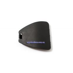Заглушка заднего амортизатора в обивке багажника Ланос седан GM