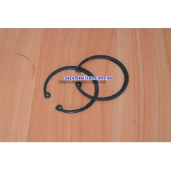 Стопорное кольцо подшипника передней ступицы