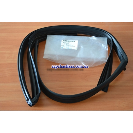 Уплотнитель направляющей стекла передней правой двери оригинал Ланос Сенс 96304083