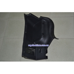 Обивка заднего фонаря (в багажнике) T-150 правая