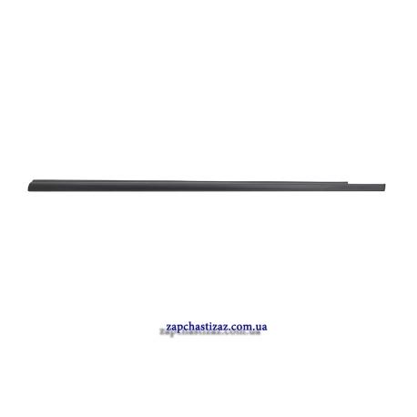 Уплотнитель стекла подоконный передней левой двери Авео Т250 GM. 96801085 96801085