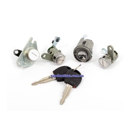 Замки с ключами к-т Авео T200-Т255 хетчбэк GM. 96415726 GM Фото 1 96415726 GM